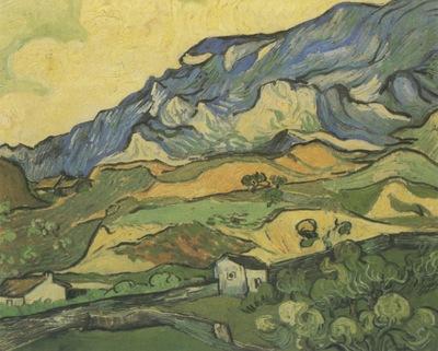 les alpilles, mountainous landscape near saint remy, saint remy