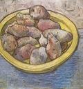 a dish with potatoes, arles