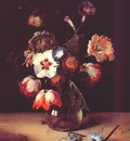de bray flowers in glass vase
