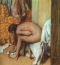 degas after the bath woman drying her feet,