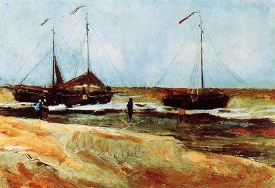 the beach at scheveningen in calm weather